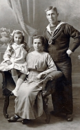 F035 Alfred Cox and family, London studio