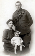 F042 Unnamed Royal Artillery sergeant and family, Stafford studio