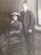 F125 John James, 15th Battalion, Sherwood Foresters (Nottingham & Derbyshire Regiment), KIA 17 July 1916, and mother, Annie. Courtesy of Helen Charlesworth.