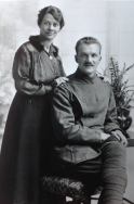 F170 Serjeant Air Mechanic Harold Pyment, 36 Wing, Royal Flying Corps, and wife Ethel. Courtesy of Paul Hughes.