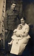F092 Unnamed sergeant and family