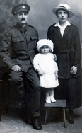F104 Unnamed soldier, Army Service Corps and family