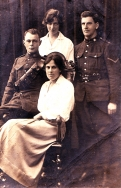 F064 Canadian Expeditionary Force couples, Hastings, Marika Pirie Collection