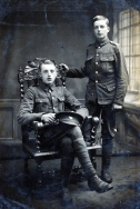 G497 Privates Eaton and Tate, King's Own (Yorkshire Light Infantry.