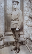 B365 Unnamed soldier, Nottinghamshire and Derbyshire Regiment. Courtesy of Paul Hughes.