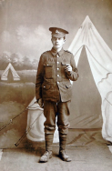 B336 Unnamed soldier, Royal Warwickshire Regiment. Courtesy of Paul Hughes.