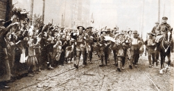 U095 8th (Irish) Battalion, The King's (Liverpool Regiment) entering Lille 18 October, 1918