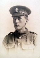 A422 Unnamed soldier, Royal Fusiliers. Courtesy of Paul Hughes.