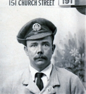 W067 Wounded soldier, Dorset Regiment