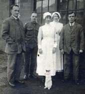 WO102 Wounded soldiers, nurses and cat.