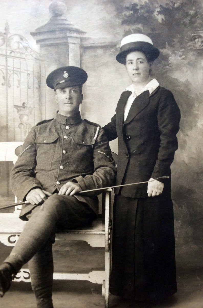 f291 unnamed soldier  army veterinary corps and lady